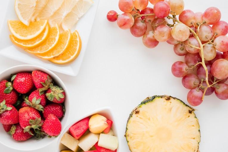 Taze meyvelerle sağlığınızı güçlendirin.